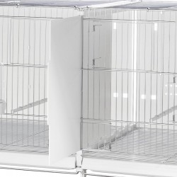 Dettaglio dell'unione di due gabbie da 120 cm della 2Gr mediante il kit di trasformazione